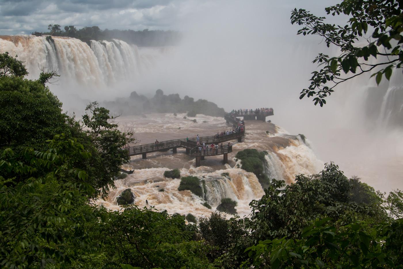 Walkway, Iguaçu Falls