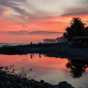 El Salvador - Sunsets & pupusas