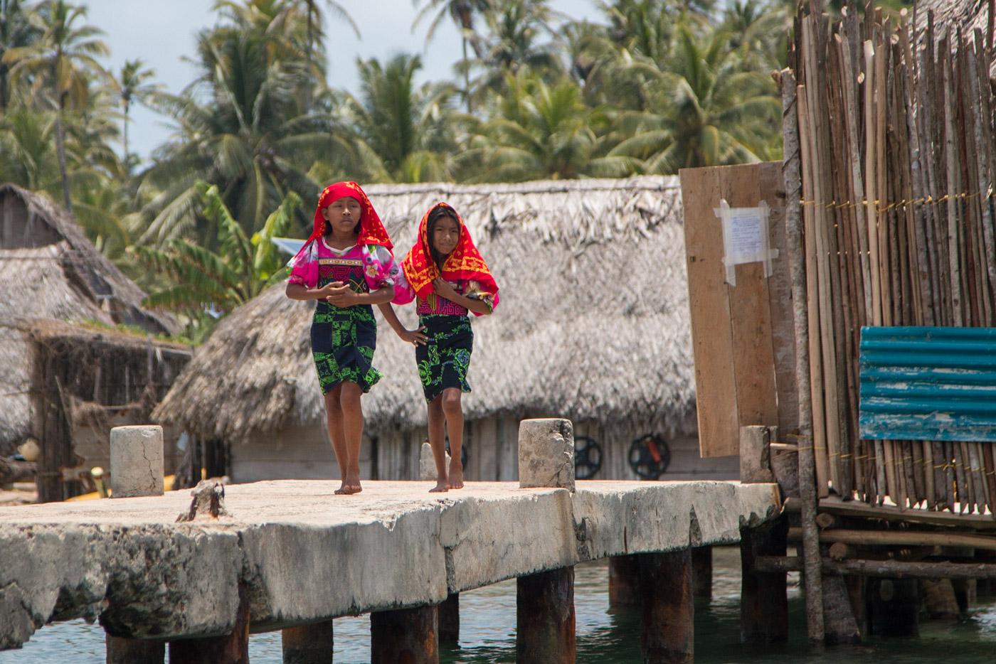 Kuna girls in traditional dress